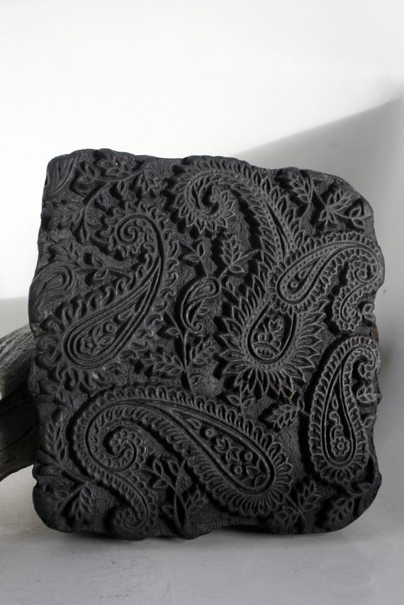 Parte de um bloco de impressão manual de um módulo Paisley